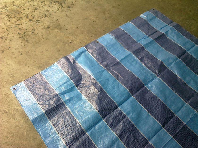 Sheet squared polyester blue